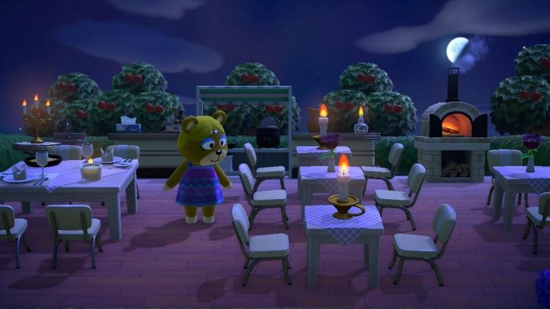 Paula sucht ihren reservierten Tisch 🍽